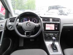 Volkswagen-e-Golf-8
