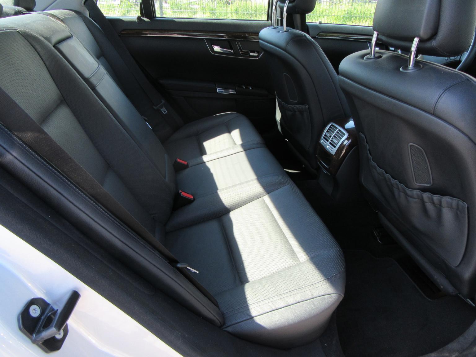 Mercedes-Benz-S-Klasse-17