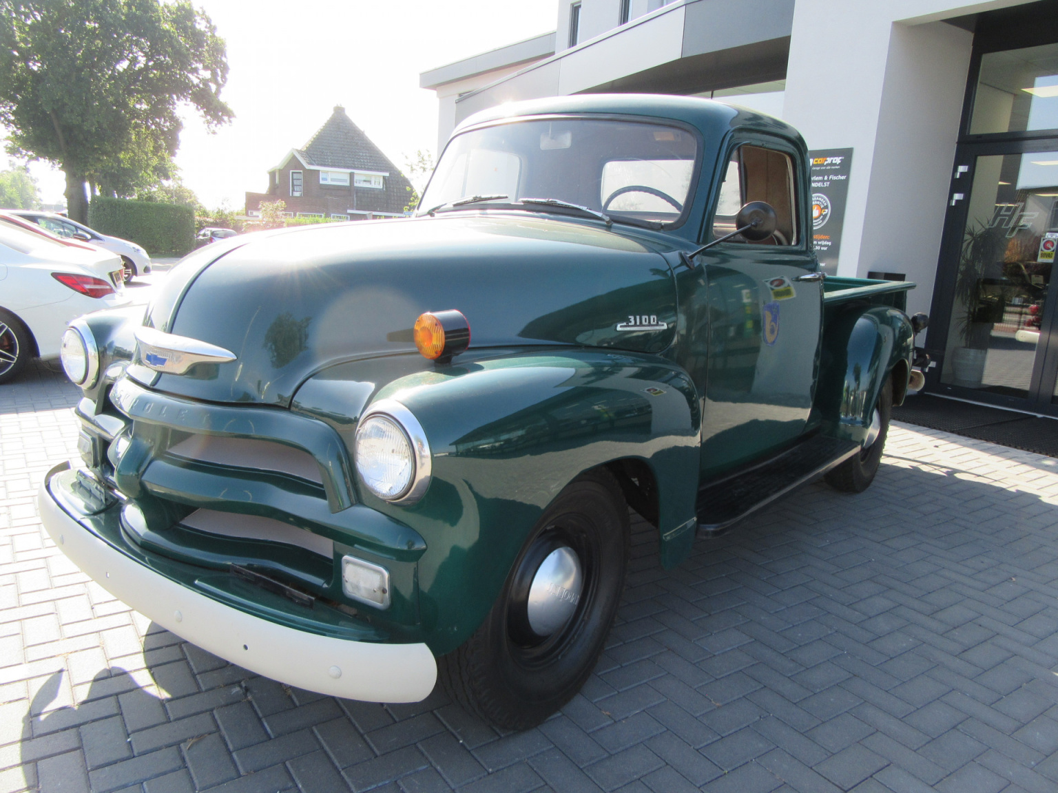 Chevrolet-3100-2