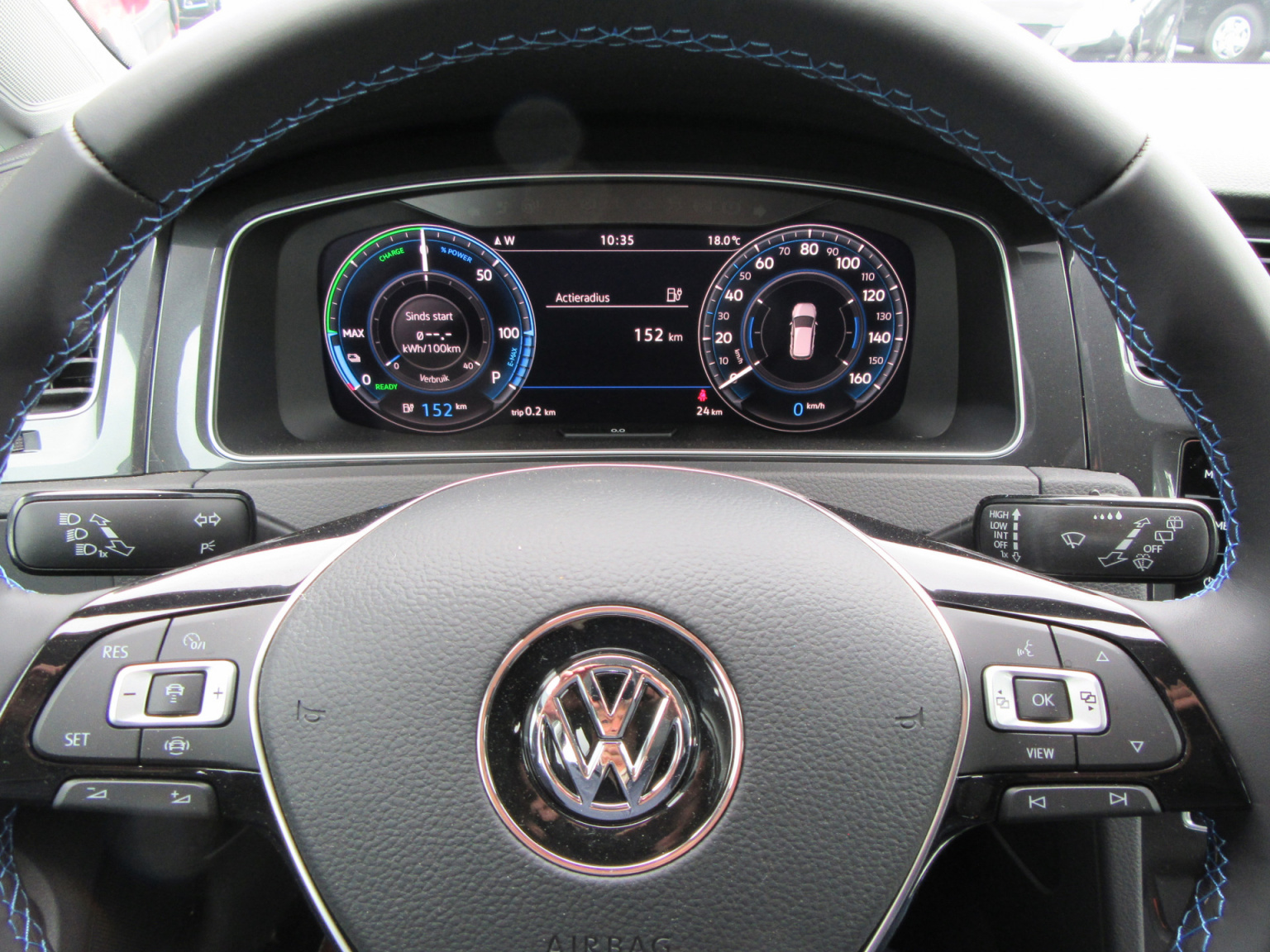 Volkswagen-e-Golf-7