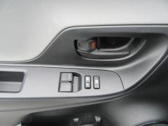 Toyota-Yaris-16