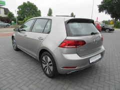 Volkswagen-e-Golf-4