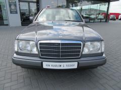 Mercedes-Benz-E-Klasse-5
