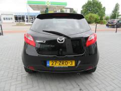 Mazda-2-6