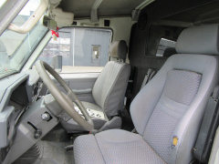 Toyota-Land Cruiser-7