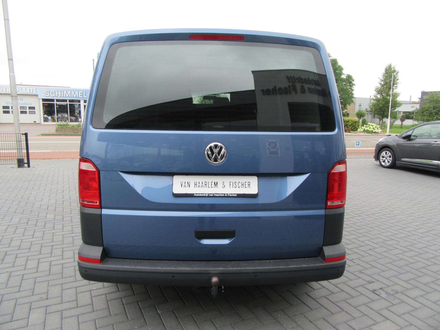 Volkswagen-Transporter-5
