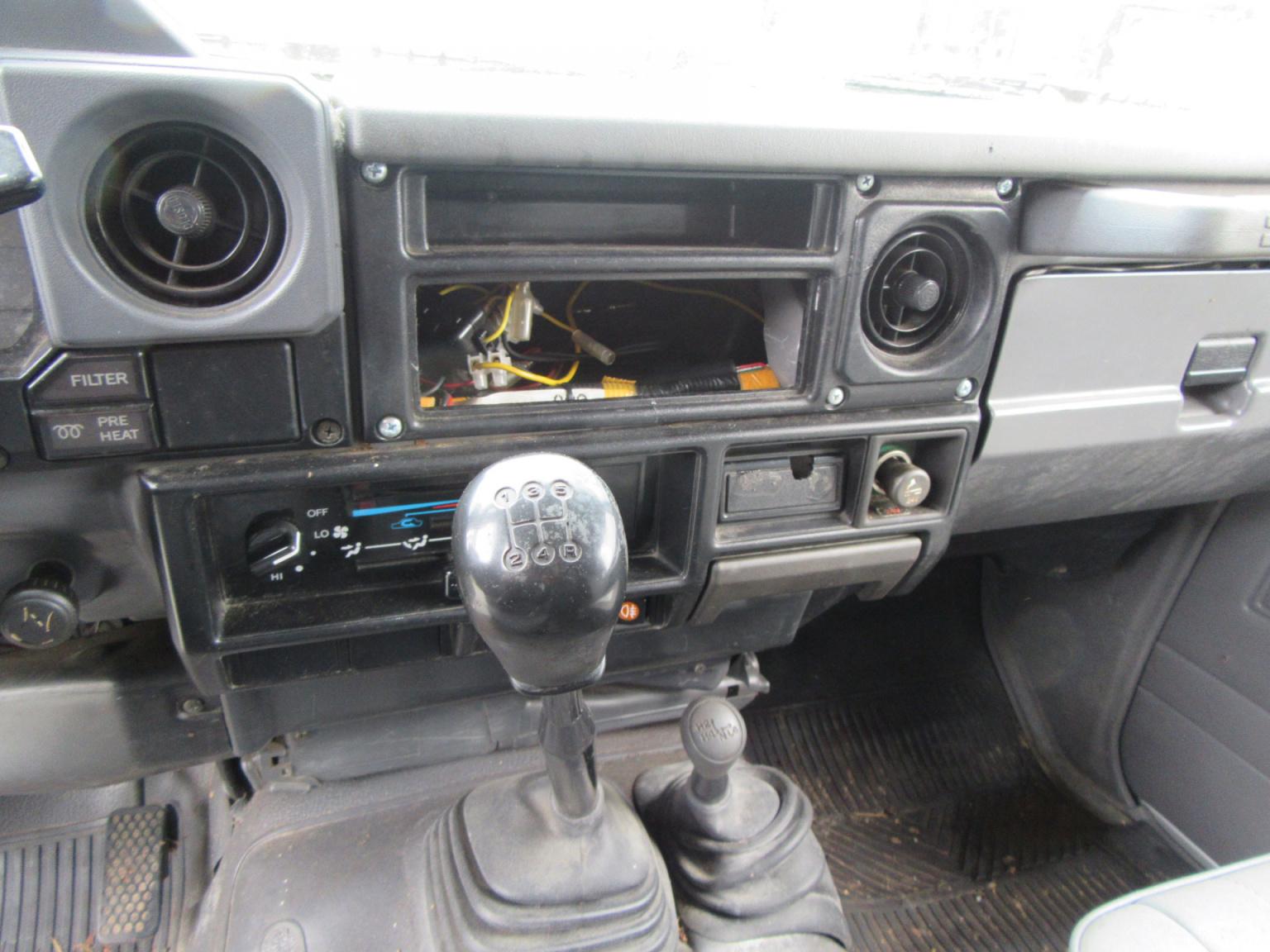 Toyota-Land Cruiser-9